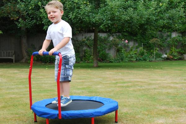Trampoline-autism-therapy-child-on-trampoline