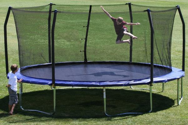 17-ft-trampolines-for-sale-really-big-trampolines-gettrampoline.com