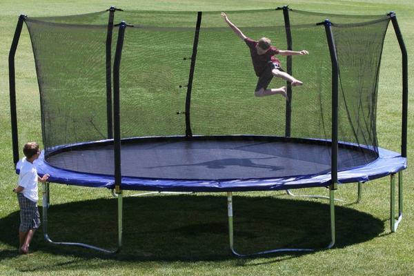 17-ft-trampolines-for-sale-really-big-trampolines-gettrampoline.com