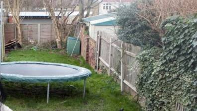 how-much-space-around-a-trampoline