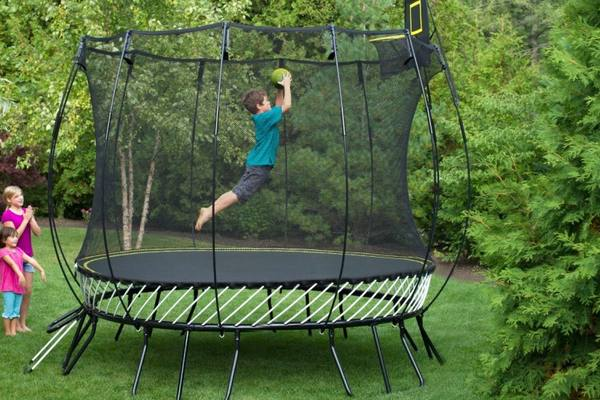 how-much-space-you-need-for-a-trampoline