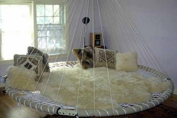 Trampoline-beds-trampoline-swing-featured