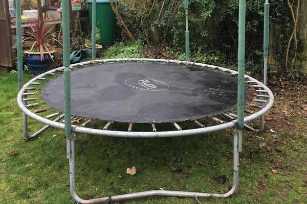 Free And For Sale >> How To Find Used Trampolines For Sale Cheap Or Free Ebay