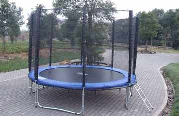 How to find used trampolines for sale cheap or free ebay - Craigslist swimming pools for sale ...
