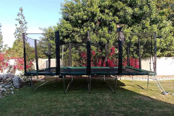 Galactic-Xtreme-Trampoline-Review-The-Over-20-Ft-Trampolines