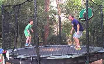 Trampoline-double-bounce-physics