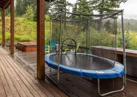 Is-it-safe-to-put-a-trampoline-on-decking-opt