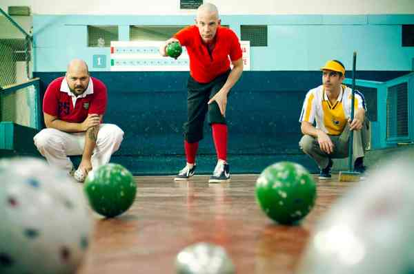 how-to-play-bocce-ball-bocce-rules-scoring-and-tips