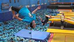 the-risk-of-getting-a-spinal-injury-from-jumping-on-a-trampoline