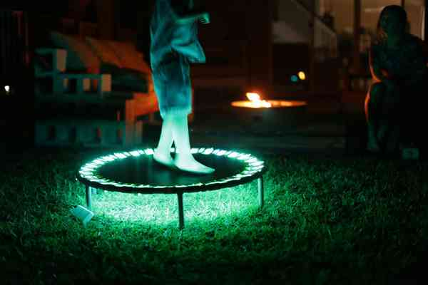 trampoline-lights-fun-in-the-dark-with-a -light-up-trampoline
