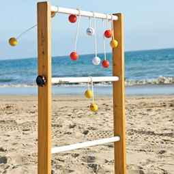 Beach Ladder Game