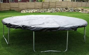How-to-Cover-Trampoline-for-Winter