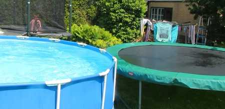 Should-I-Get-a-Trampoline-or-a-Pool