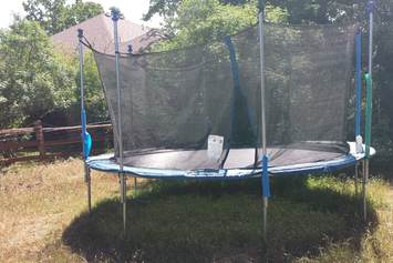 How-Close-Can-a-Trampoline-Be-To-Fence
