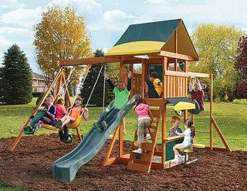Swing-Set-For-Small-Yards-Cedar-Summit-Brookridge-Cedar-Wooden-Swing-Set